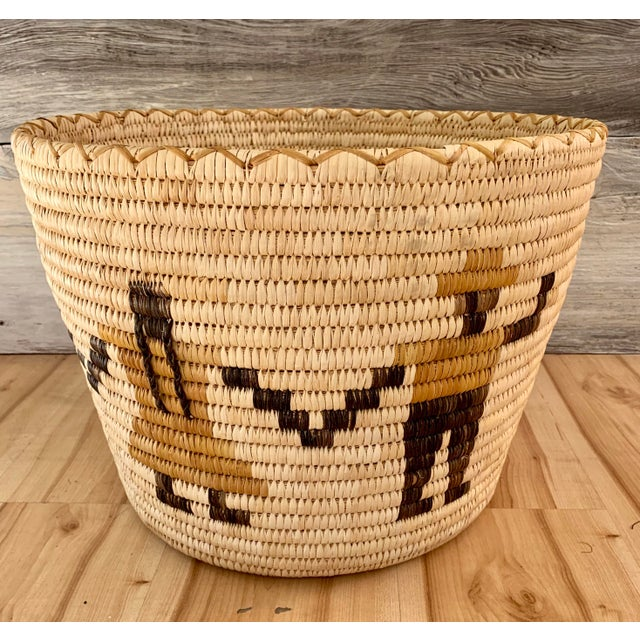 Figurative Authentic Vintage Native American Tohono O'Odham Woven Basket For Sale - Image 3 of 10