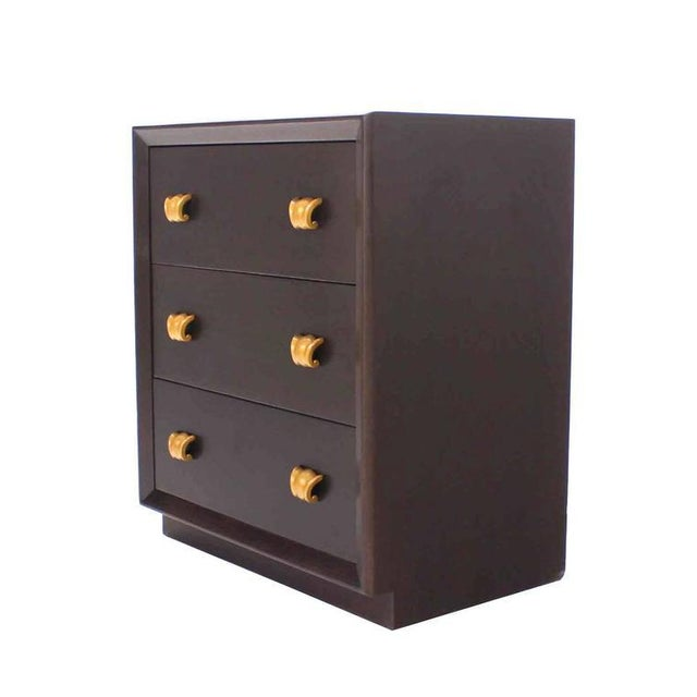Mid-Century Modern Pair of Three Drawer Bachelor Chests For Sale - Image 3 of 6