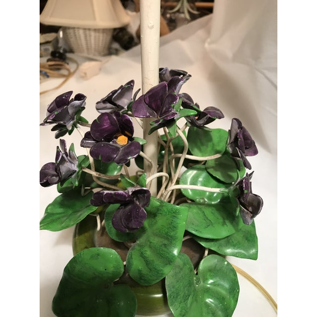 Italian Vintage Tole African Violet Table Lamp For Sale - Image 3 of 8