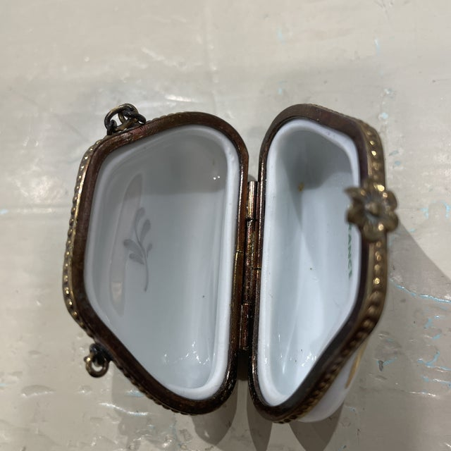 1950s 1950s Limoges France Purse Box For Sale - Image 5 of 7
