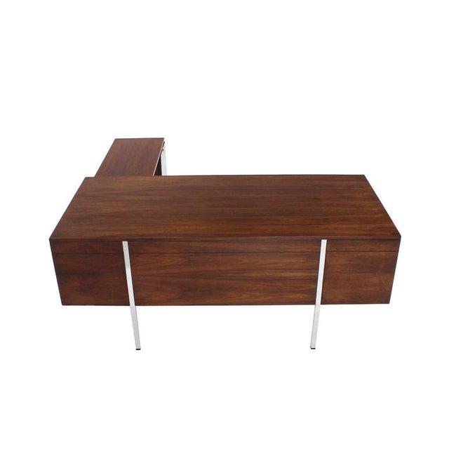 Mid-Century Modern Large Walnut Dunbar Executive Desk with Return For Sale - Image 3 of 11