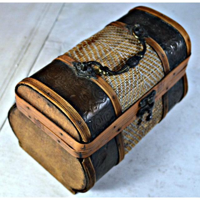 Brass & Wood Coffer for Cigars - Image 4 of 7