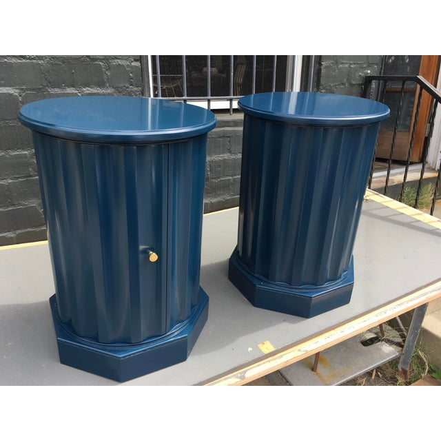 American Classical 1950s Art Deco Dark Blue Lacquered Column Shaped Drum Tables - a Pair For Sale - Image 3 of 12