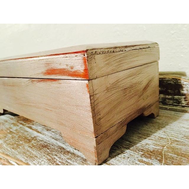 Vintage Shabby Chic Cedar Box - Image 3 of 9