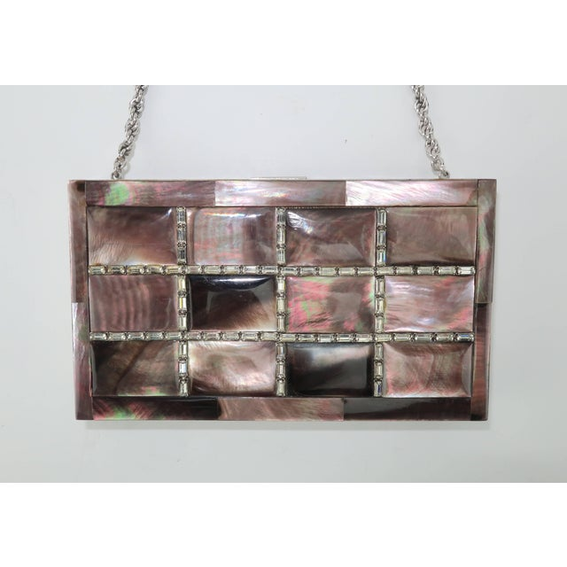 American Evans Mother of Pearl Compact Wristlet Handbag, 1950s For Sale - Image 3 of 11