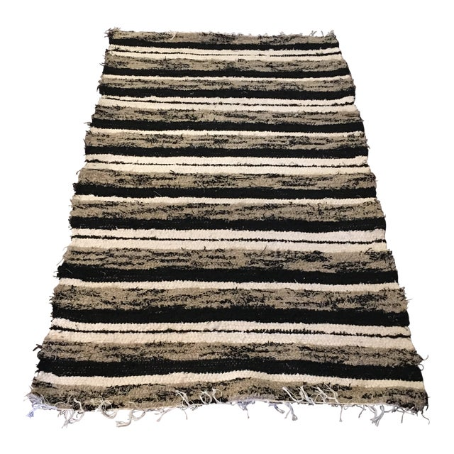 Handwoven Recycled Cotton Rug - 3′4″ × 5′9″ For Sale