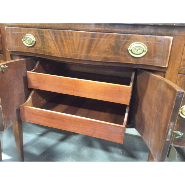 1940s Hepplewhite Style Mahogany Sideboard With Inlay For Sale - Image 10 of 10
