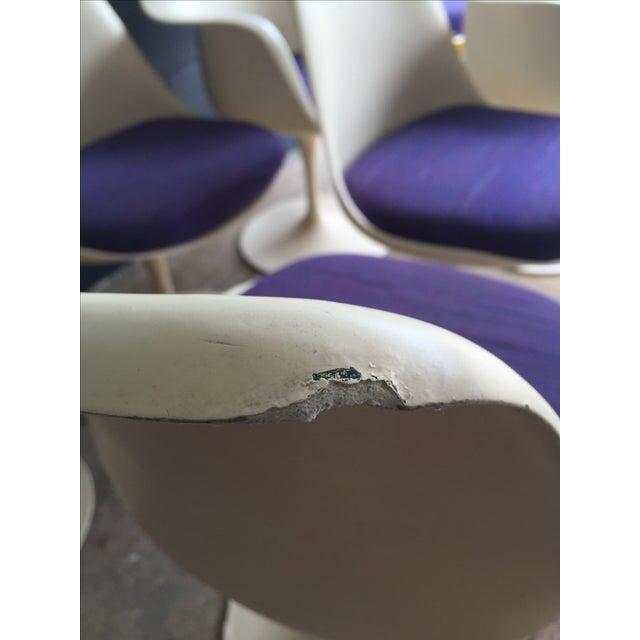 Knoll Saarinen Tulip Chairs - Set of 7 - Image 9 of 11