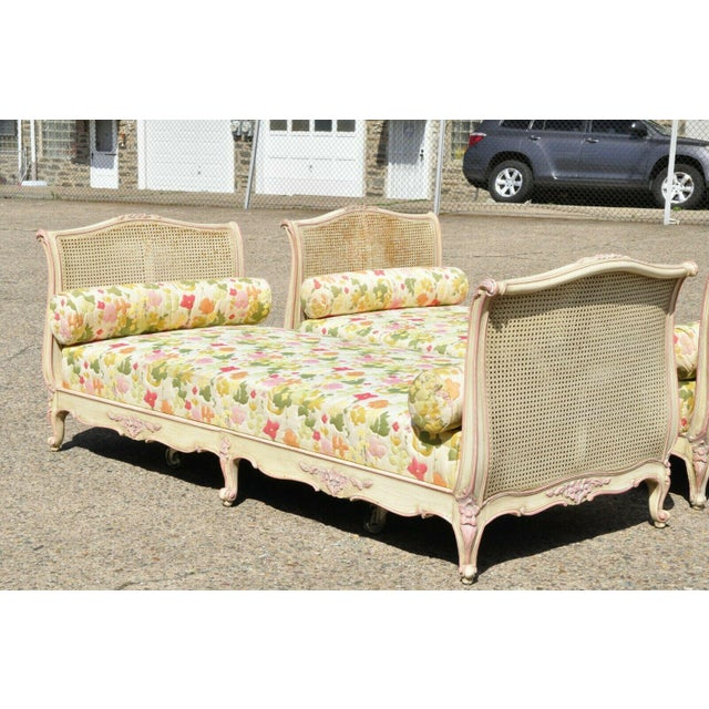 French Early 20th Century French Louis XV Style Daybeds- a Pair For Sale - Image 3 of 12