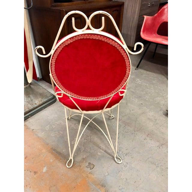 Vintage Teena Original Hollywood Regency Red Velvet Vanity Chair For Sale - Image 4 of 12