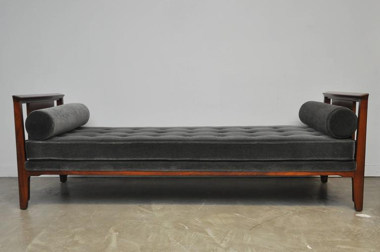 Dunbar Janus Daybed Sofa By Edward Wormley   Image 2 Of 8