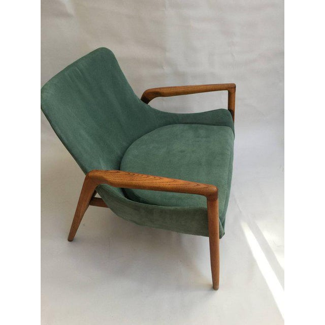 Wood Mid-Century Modern 'Seal' Lounge Chair by Ib Kofod-Larsen For Sale - Image 7 of 11