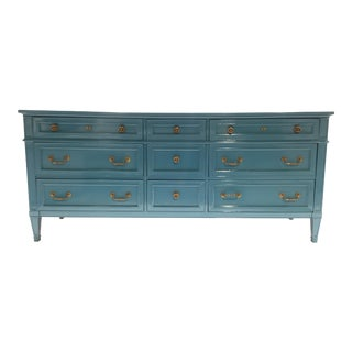 1960s French Heritage Furniture Lacquered Nine Drawer Dresser For Sale