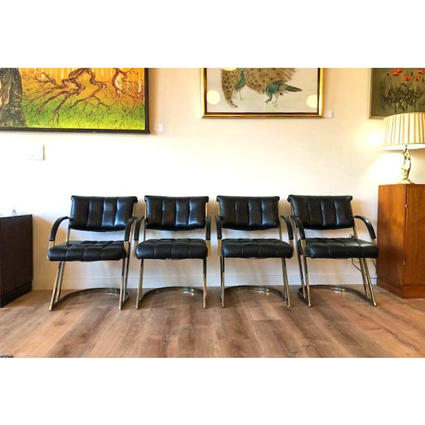 1970s Cal-Style Vintage Modern Polished Chrome and Leather Cantilevered Dining Chairs- Set of 4 For Sale - Image 5 of 10