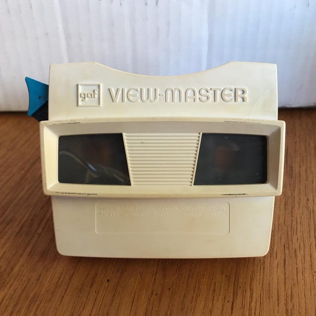 Children's Vintage Gaf View-Master With Original Box For Sale - Image 3 of 7