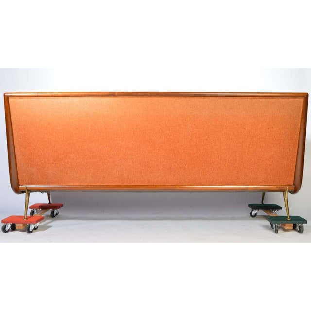 Mid-Century Modern t.h. Robsjohn-Gibbings Sofa Model 1727 for Widdicomb Circa 1955 For Sale - Image 3 of 12