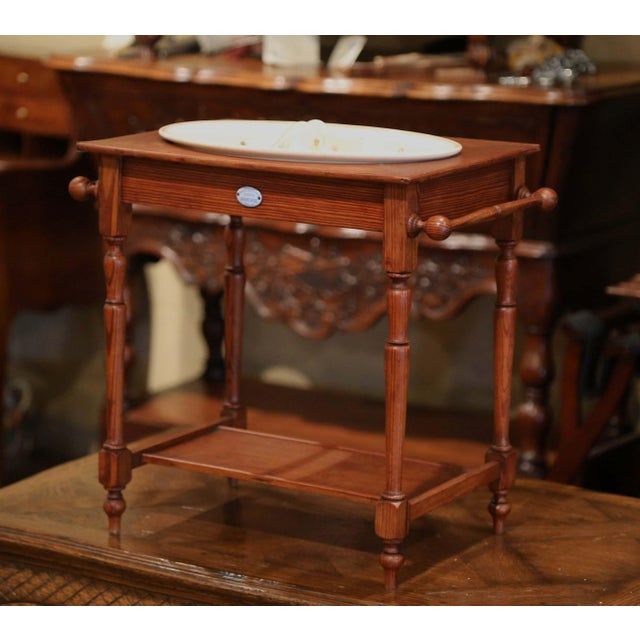 Digoin & Sarreguemines 19th Century French Child Pine and Porcelain Washstand From Sarreguemines For Sale - Image 4 of 9