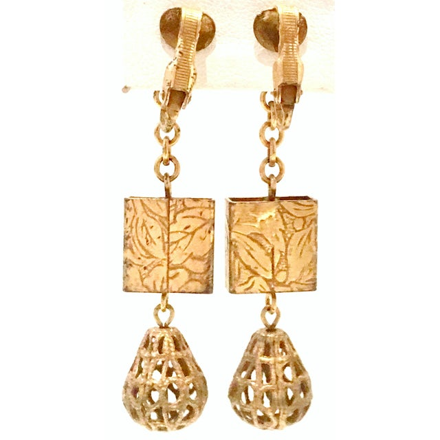 20th Century Art Nouveau Gold Book Chain Choker Style Necklace & Earrings - Set of 3 For Sale - Image 12 of 13