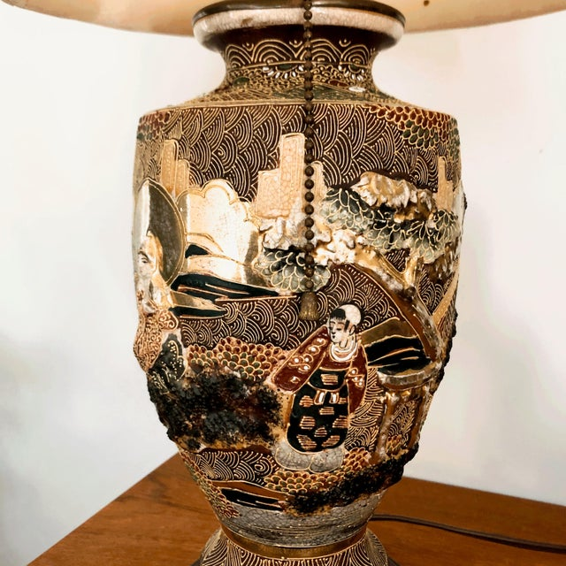 Japanese Satsuma Moriage Table Lamp For Sale - Image 4 of 13