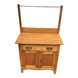 Early 20th Century Oak or Chestnut Washstand For Sale
