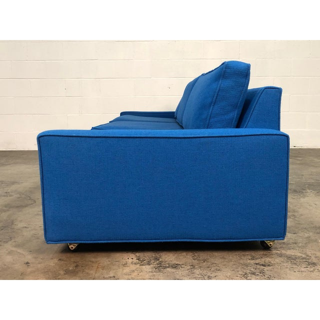 """1960s Royal Blue Mid-Century Modern Sofa ~ 103"""" Long For Sale - Image 5 of 11"""