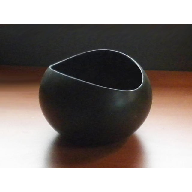Contemporary Vintage Medium Salad Bowl in Early Dark Brown Glaze For Sale - Image 3 of 10