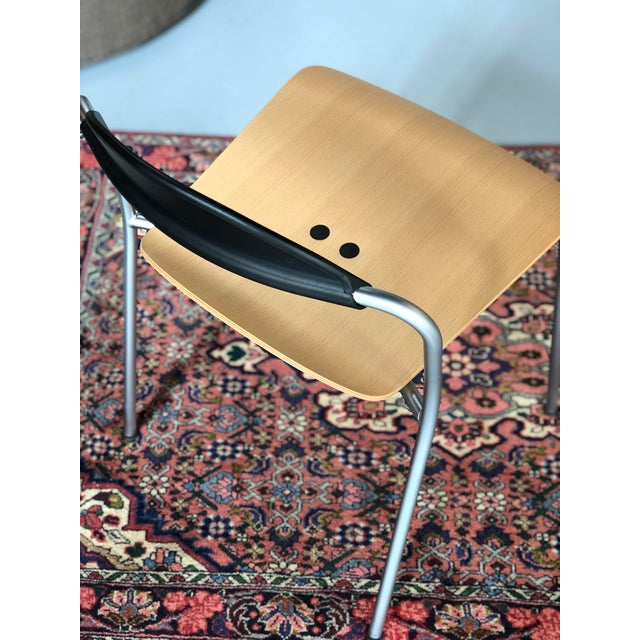 Contemporary Knoll Vicosolo Chairs - a Pair For Sale - Image 3 of 7