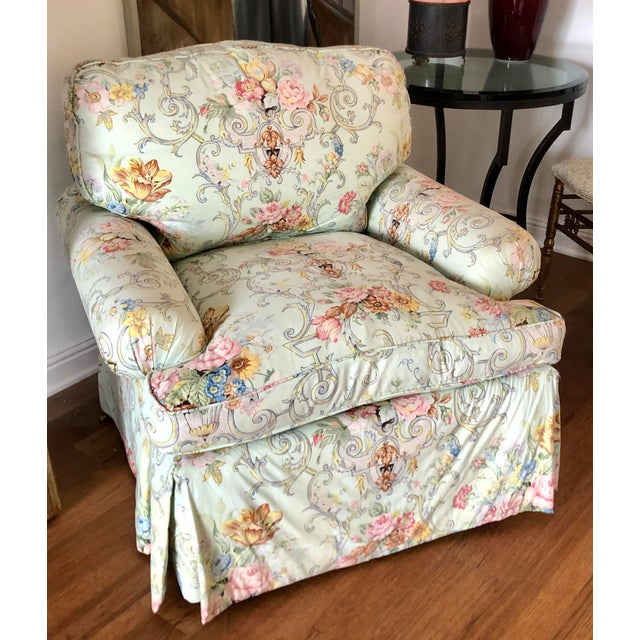 Charles Stewart Hickory Cozy Club Chair With Dessin Fournir Rose Cummings Floral For Sale - Image 4 of 4
