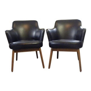Vintage Mid Century Lounge Accent Chairs- A Pair For Sale