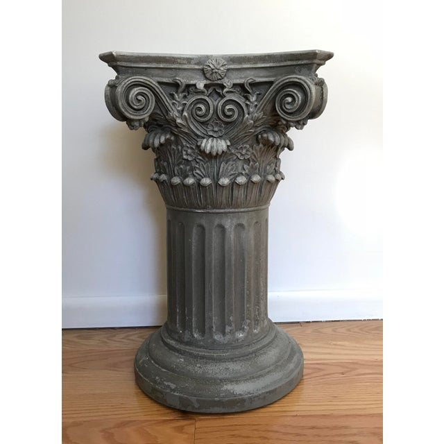 Vintage Universal Statuary Neoclassical Resin Column Pedestal For Sale - Image 9 of 9