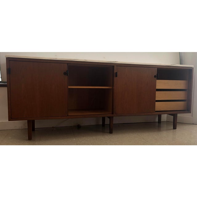 1967 Mid-Century Modern Florence Knoll Designed Calcutta Gold Marble Top Credenza For Sale - Image 9 of 13
