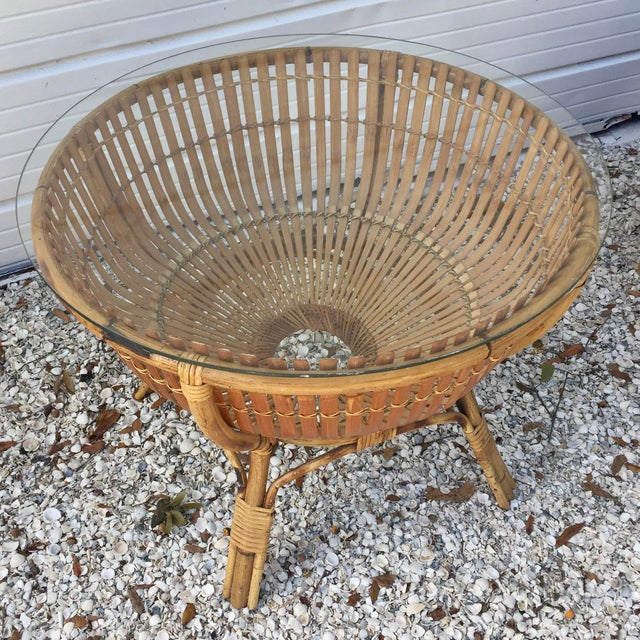 Vintage Rattan Fish Basket Coffee / Side Table - Image 4 of 6