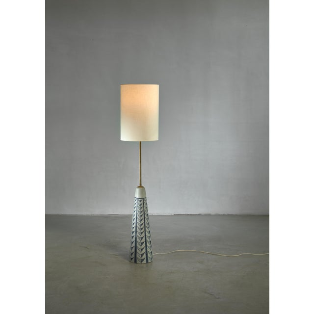 Mid-Century Modern Rigmor Nielsen Floor Lamp With Blue Motif, Denmark, 1960s For Sale - Image 3 of 3