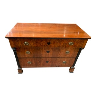 1820s Bierdermier Burled Fruitwood Chest of Drawers For Sale