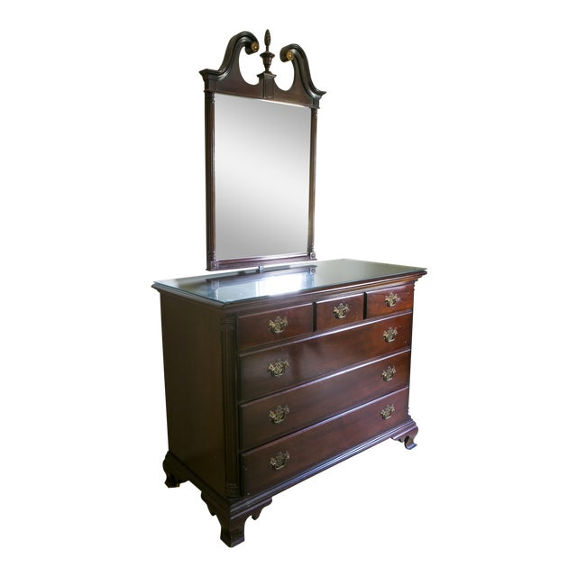 1960s Traditional Mahogany Kling Dresser and Mirror Set For Sale