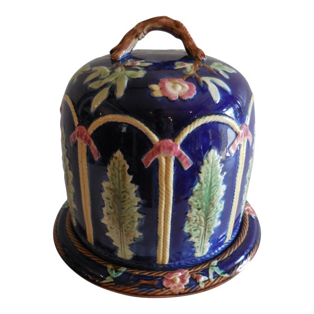Majolica Ribbon and Leaf Cheese Dome With Underplate For Sale