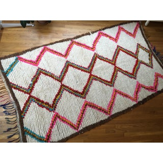 Zig Zag Azilal Vintage Moroccan Rug - 4′10″ × 8′10″ Preview