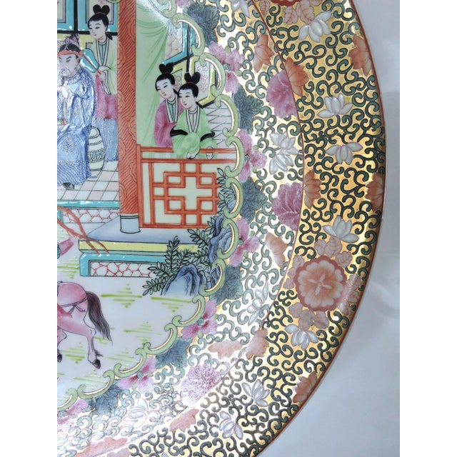 Great Qianlong Rose Mandarin 'Chinese Warriors & Horses' Double Sided Charger/Plate For Sale - Image 4 of 9