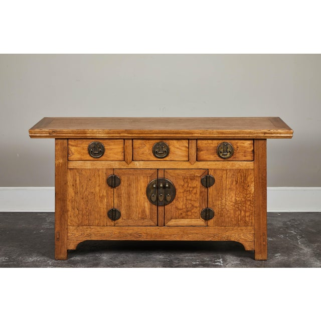 Elm sideboard from Hebei. Three drawers, two doors, circa 19th century.