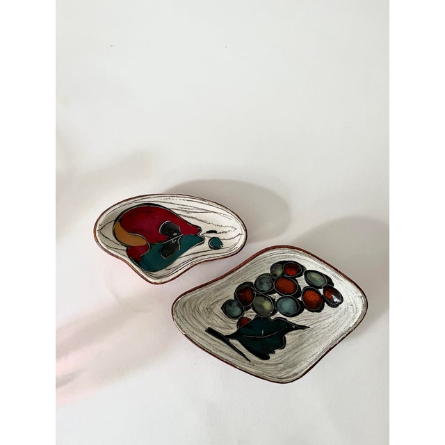 Mid 20th Century Mid-Century Italian San Marino Pottery Leather Backed Trinket Dishes- Set of 2 For Sale - Image 5 of 5