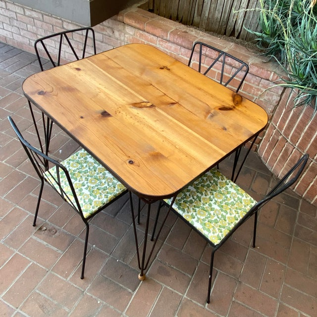 Mid-Century Modern 1950s Mid-Century Modern Solid Wood & Hairpin Iron Leg Table For Sale - Image 3 of 8
