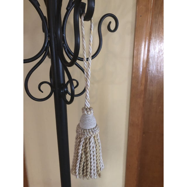 """This is a gorgeous vintage key tassel from Ramm Son & Crocker. It was never used. 2.25"""" D x 4.5 tassel with 4"""" cord"""