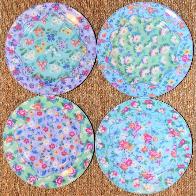 Set of 4 Vintage Floral Chintz Plates For Sale - Image 4 of 6