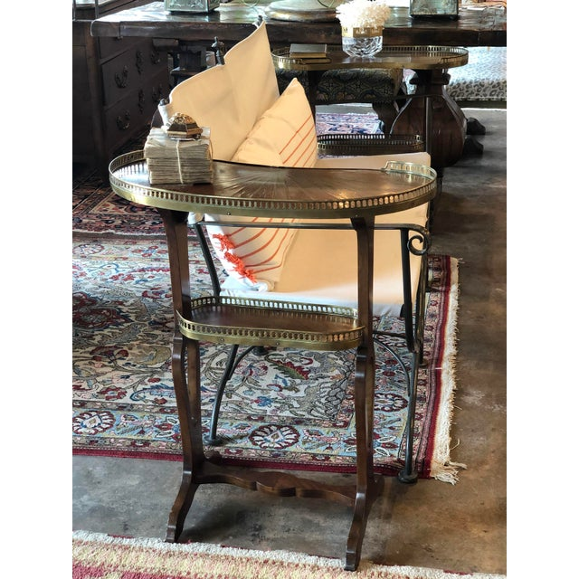 Mahogany Kidney Shaped Tables With Reticulated Brass Edge - a Pair For Sale In Dallas - Image 6 of 10