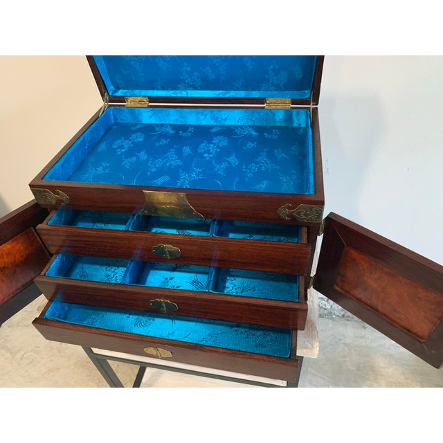 Stunning Vintage Asian Silk Lined Jewelry Box With Flame Mahogany Inlay and Etched Brass Trim and Lantern Pulls For Sale - Image 12 of 13