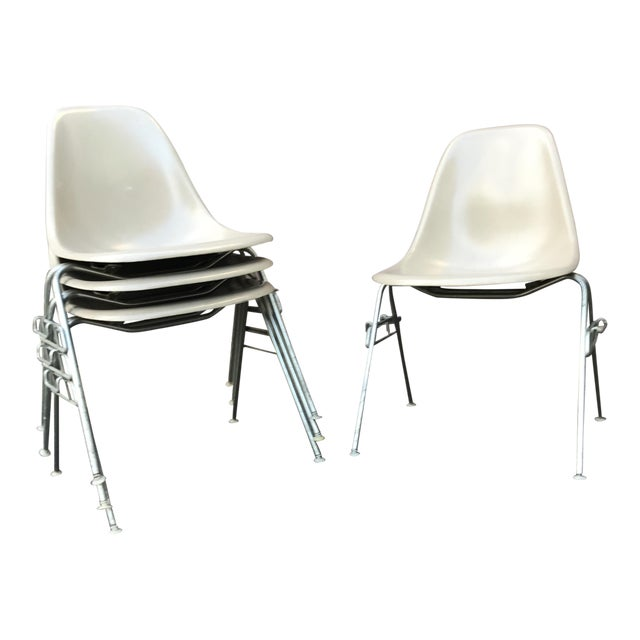Vintage Eames Fiberglass Stackable Chairs - Set of 8 For Sale