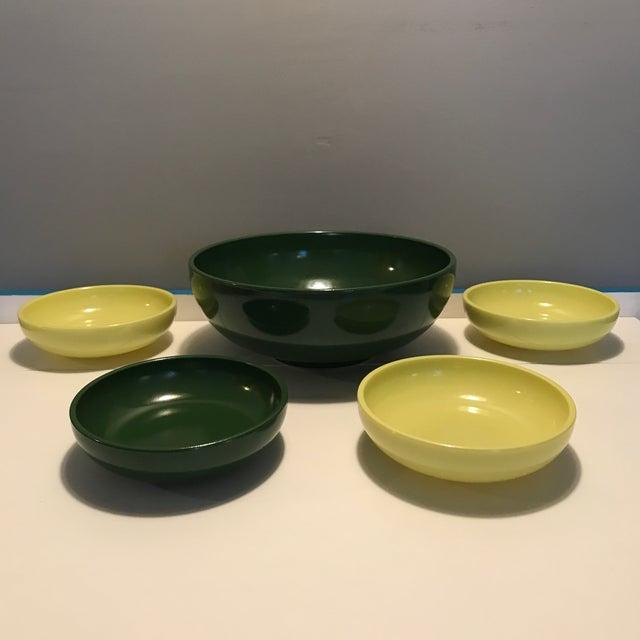 1930s Vintage Hazel Atlas Green & Yellow Salad Serving - Set of 5 For Sale - Image 13 of 13
