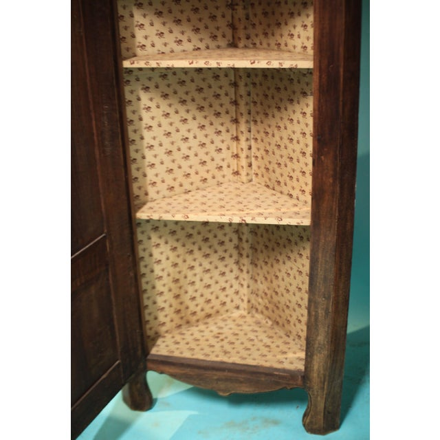 Early 20th Century Antique French Corner Cabinet For Sale - Image 4 of 9