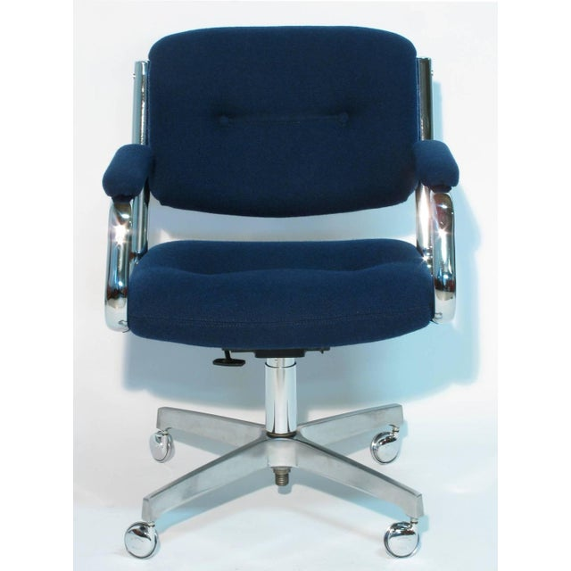 Chromcraft Rolling Swivel Armchairs - A Pair - Image 2 of 9