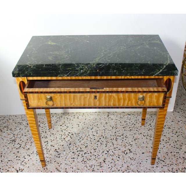 Antique Mid-19 Century American Side Table in Ribbon Satinwood and Marble For Sale - Image 4 of 13